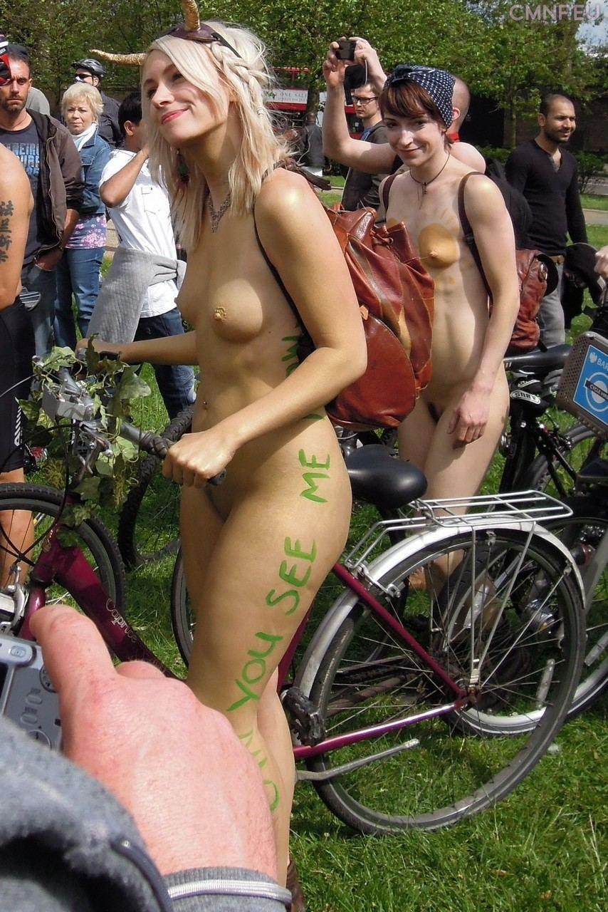 Nudità - World Naked Bike Ride
